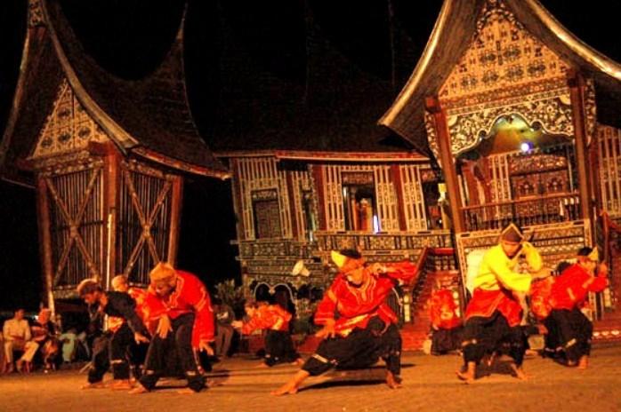 Tarian Tradisional Minangkabau